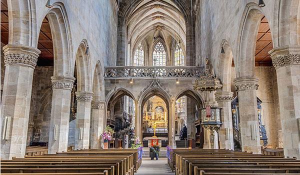 DATAGROUP Referenz Evangelische Landeskirche, Kirche von innen