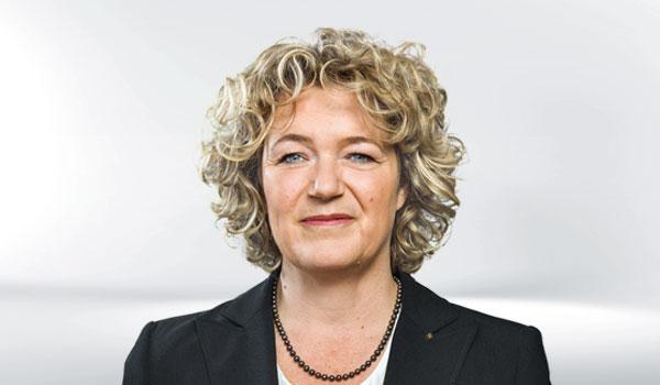 Alexandra Mülders, Management DATAGROUP