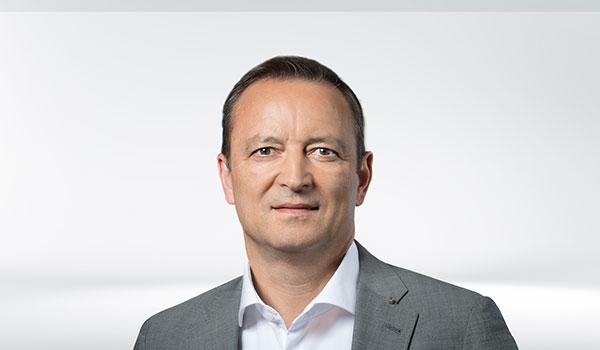 Christian Sauter, Management DATAGROUP