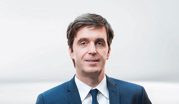 Jörg Pauseback, Management DATAGROUP