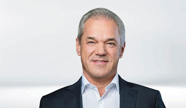 Karl-Heinz Augustin,Management DATAGROUP
