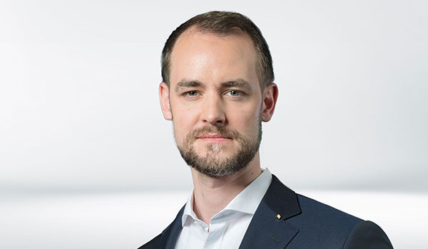 Olaf Schäfers, Management DATAGROUP