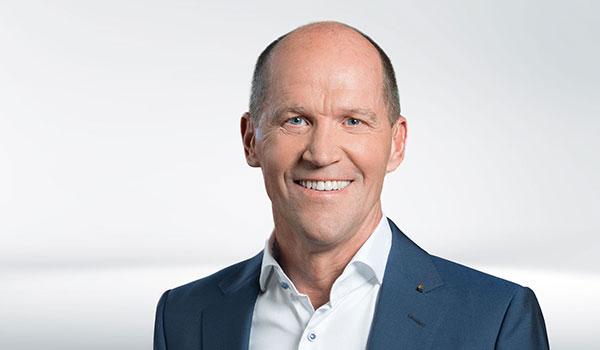 Roland Bihler, Management DATAGROUP