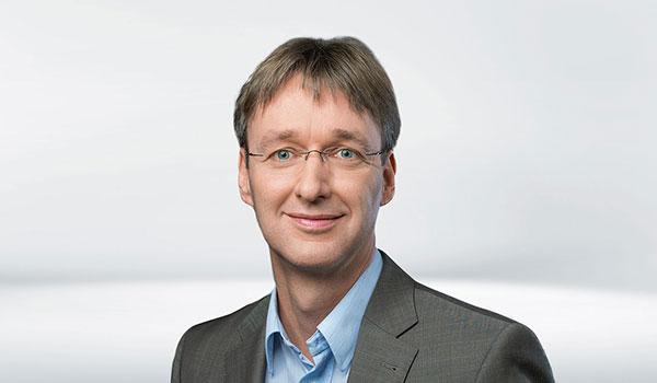 Stefan Huhn, Management DATAGROUP
