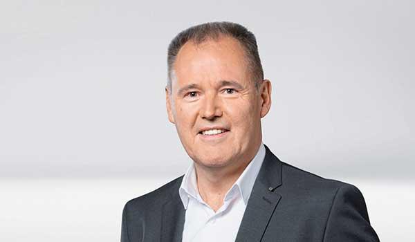 Michael Oberdorfer, Management DATAGROUP