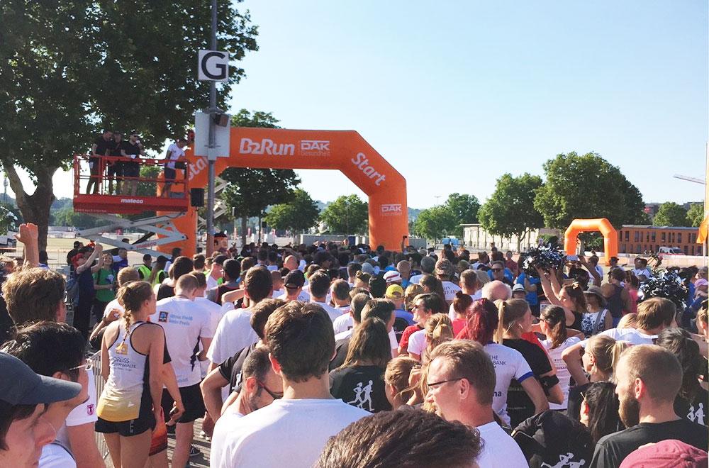 B2Run Stuttgart 2019 - der Startblock
