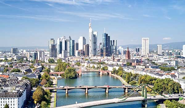 DATAGROUP Standort Frankfurt: Skyline
