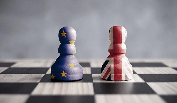 EU Schachfigur und UK Schachfigur
